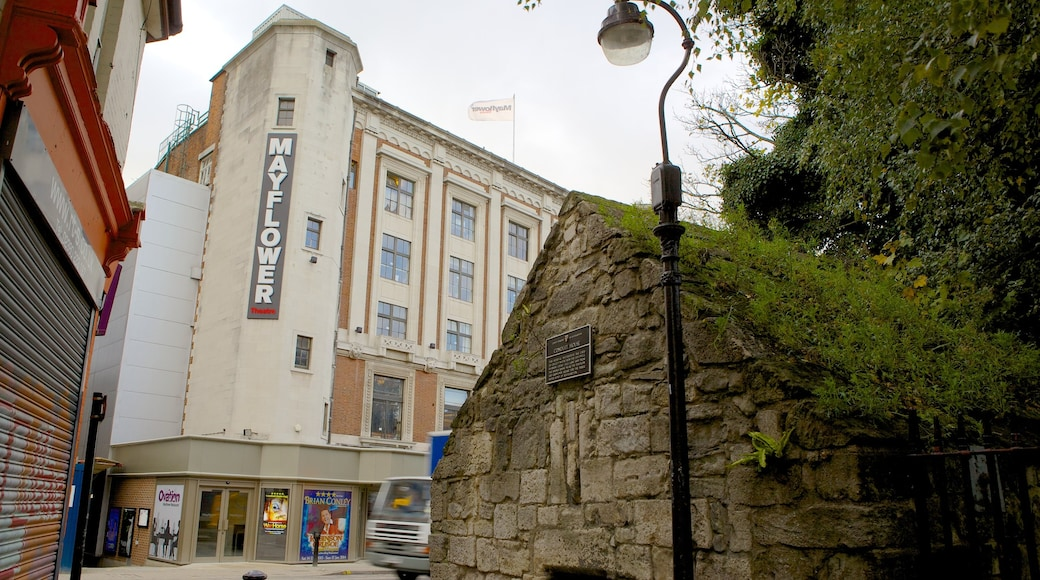 Mayflower Theatre featuring signage and theatre scenes
