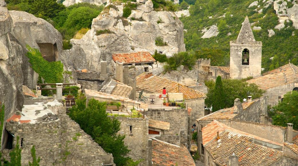 Château des Baux montrant château