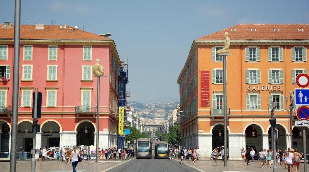 Place Masséna mettant en vedette scènes de rue, patrimoine architectural et ville