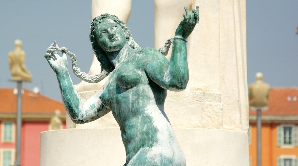 Place Masséna qui includes statue ou sculpture