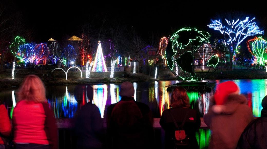 Columbus Zoo and Aquarium caracterizando cenas noturnas e animais de zoológico