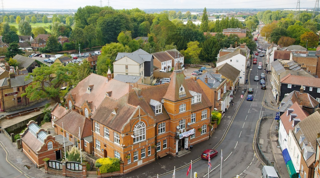 Waltham Abbey featuring street scenes, a city and heritage architecture