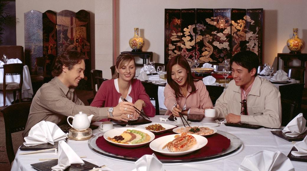 香港仔 设有 外出用膳, 內部景觀 和 食物