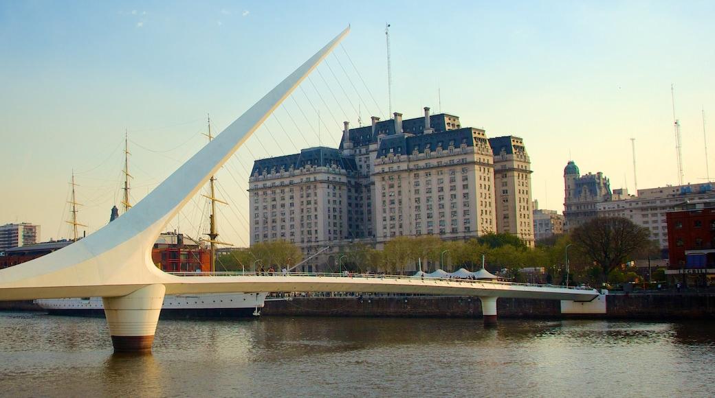 Women\'s Bridge which includes a bridge, a river or creek and modern architecture