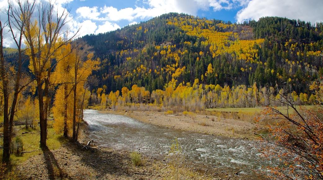 Durango - Purgatory mostrando montañas, un río o arroyo y colores de otoño