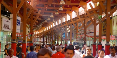 Gold Souk showing interior views as well as a large group of people