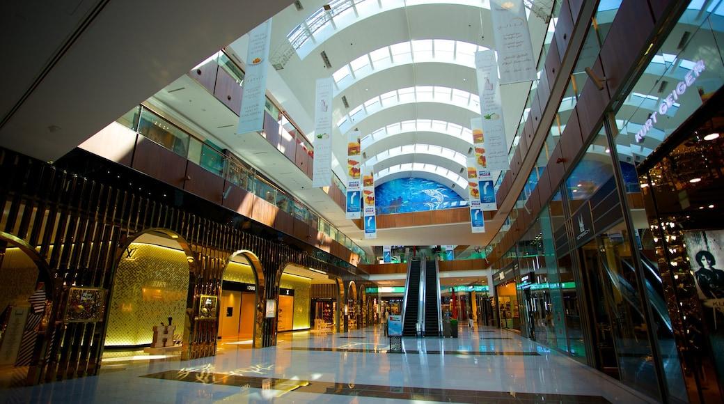 Centre commercial Dubai Mall qui includes vues intérieures et shopping