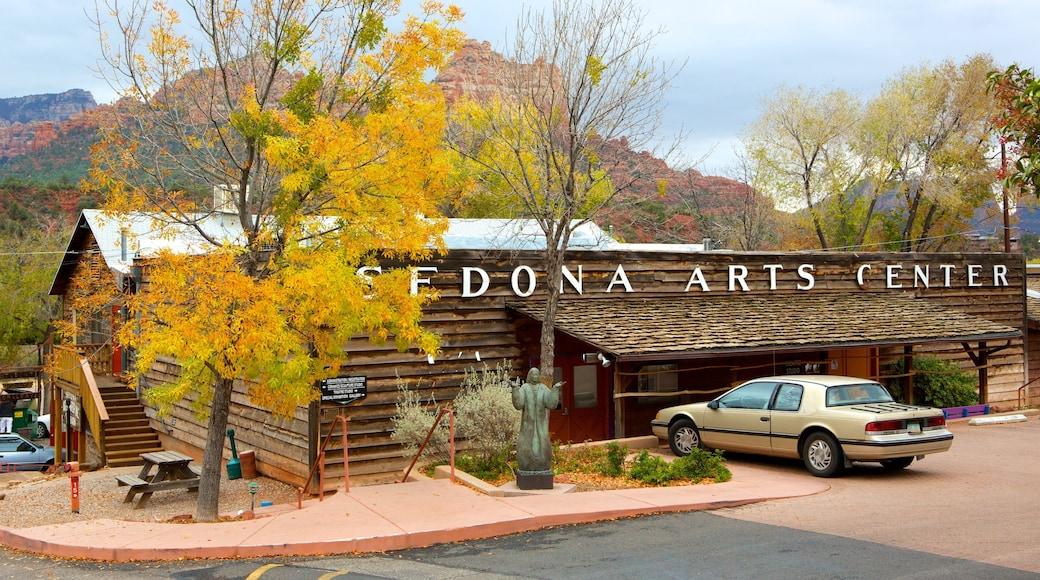 Sedona Art Center mit einem Beschilderung
