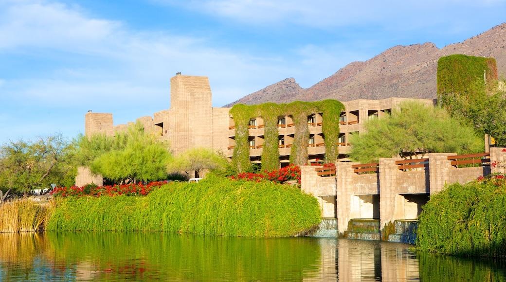 Tucson แสดง แม่น้ำหรือลำธาร, สะพาน และ มรดกวัฒนธรรม