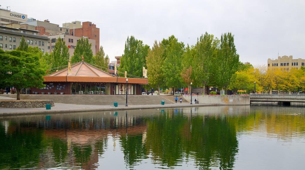 Spokane joka esittää puutarha, joki tai puro ja kaupunki