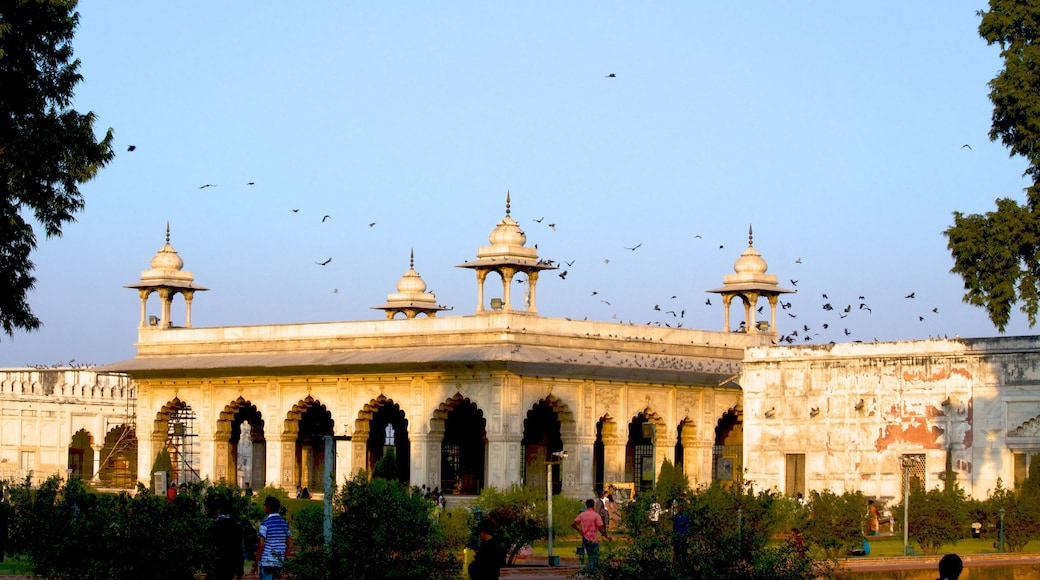 Red Fort showing heritage architecture