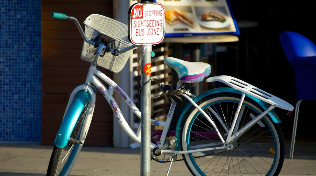 Melrose Avenue das einen Beschilderung und Fahrradfahren