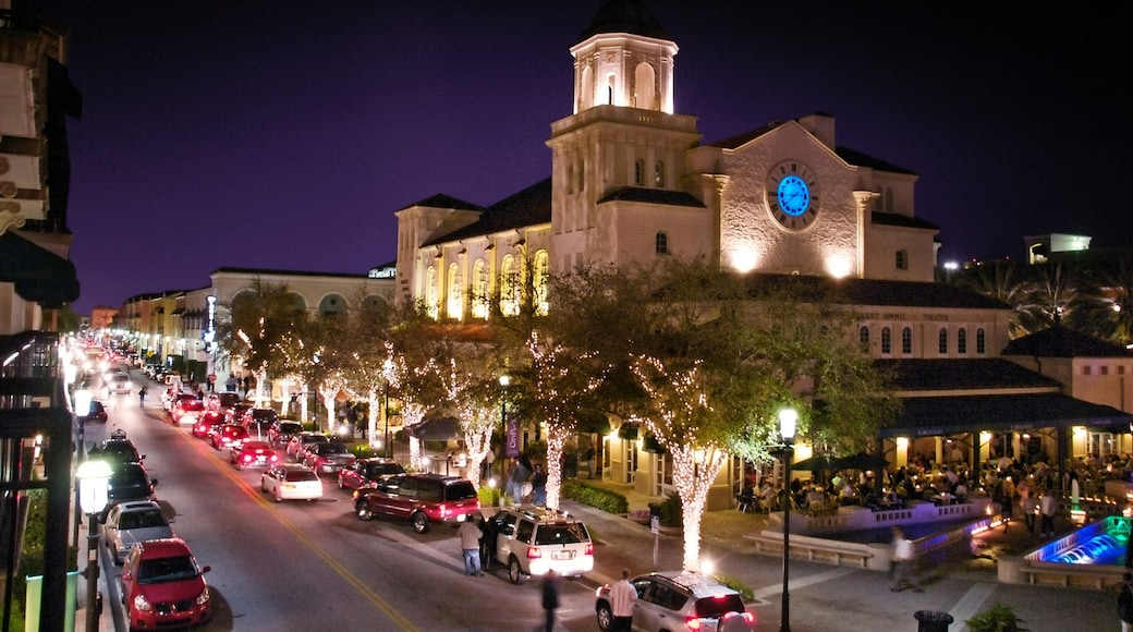 Palm Beach - West Palm Beach which includes heritage architecture, street scenes and a city