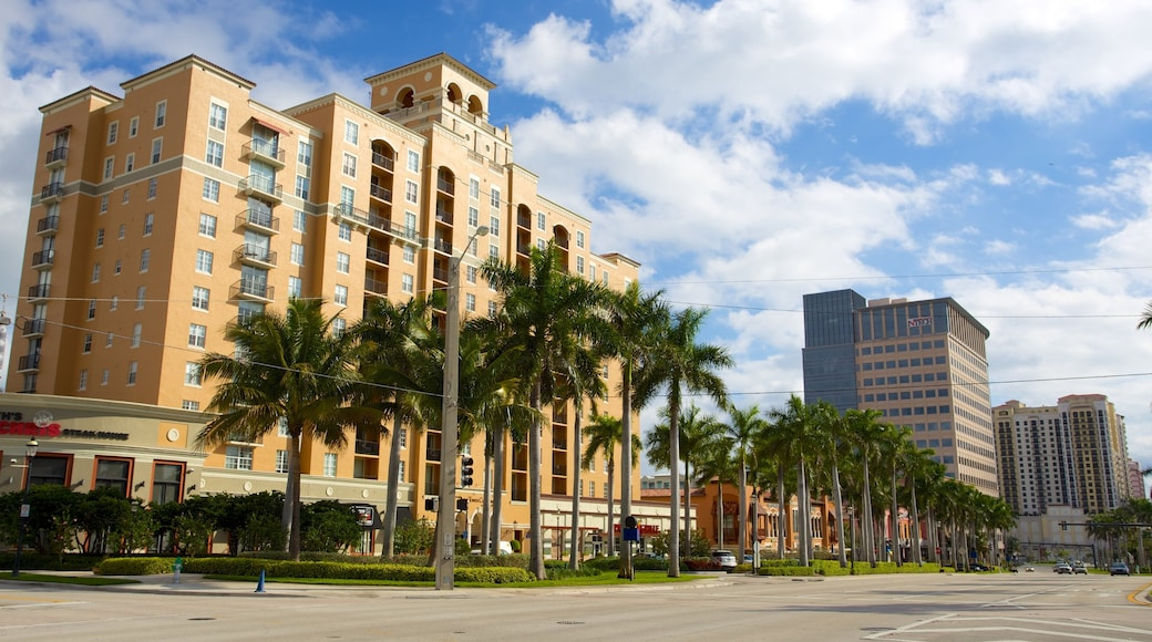 Palm Beach - West Palm Beach showing street scenes, a luxury hotel or resort and a city
