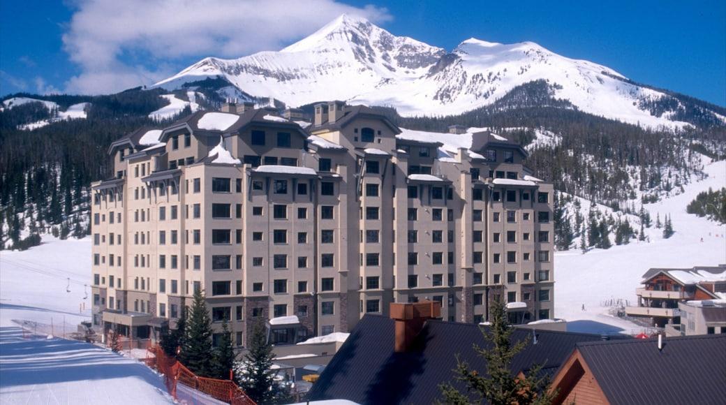 Big Sky das einen Luxushotel oder Resort, Schnee und Berge