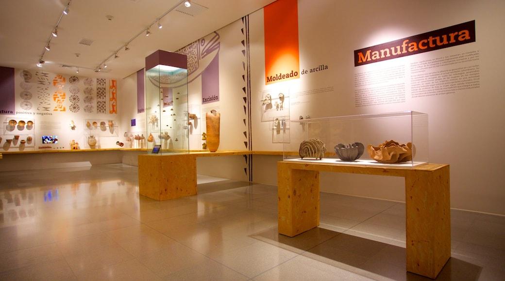Musée d\'antioquia mettant en vedette signalisation et vues intérieures
