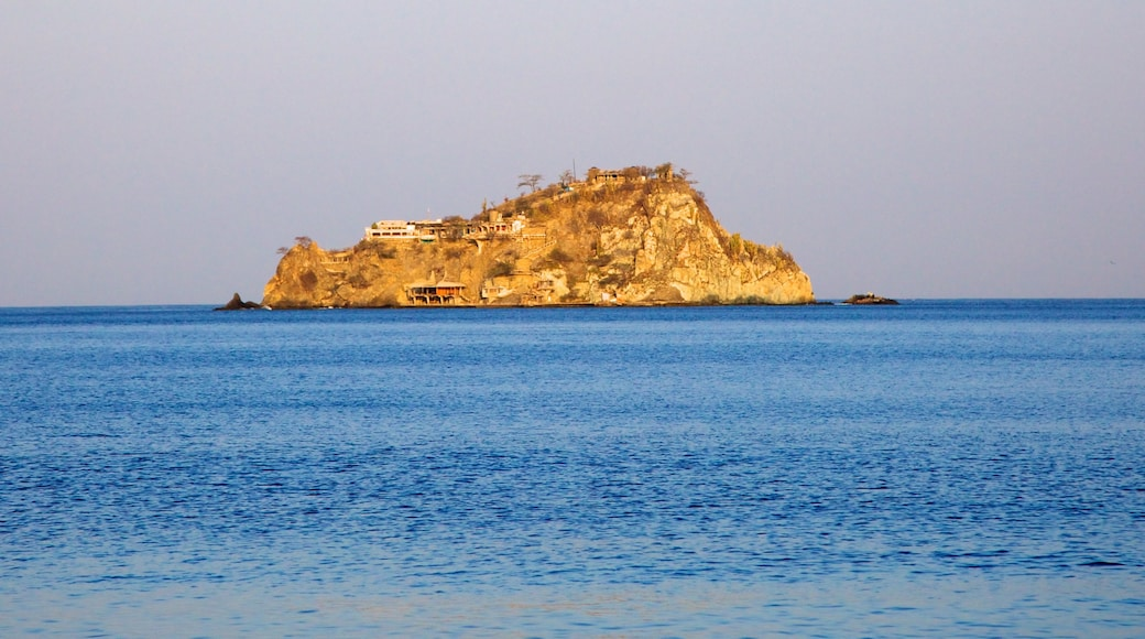 Rodadero Beach which includes island images, landscape views and general coastal views