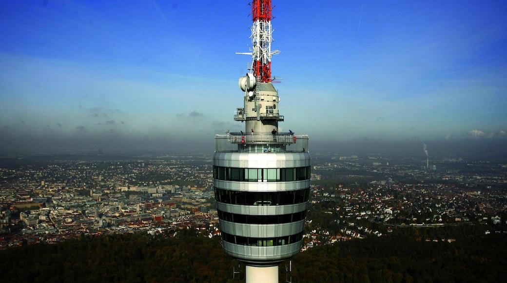 슈투트가르트 TV탑 이 포함 현대적 건축, 도시 과 마천루