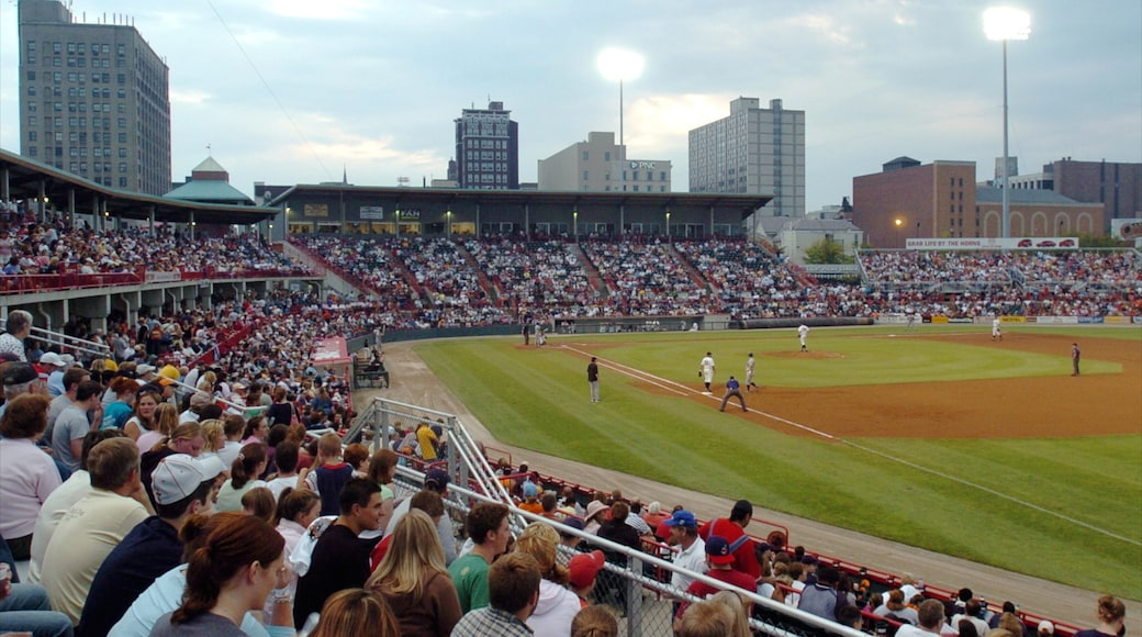 Erie showing a sporting event as well as a large group of people