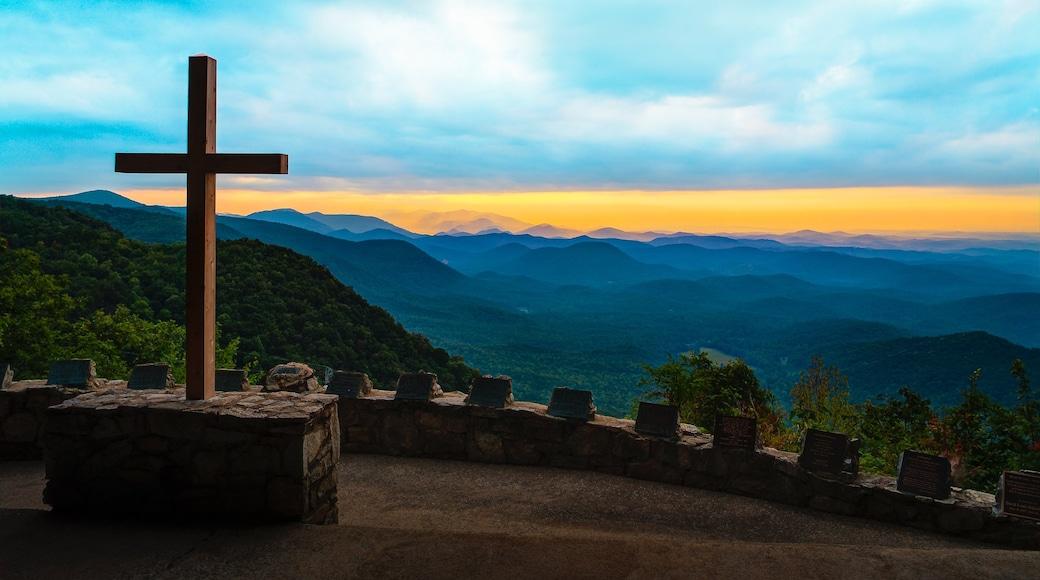Greenville - Spartanburg caratteristiche di vista del paesaggio, tramonto e elementi religiosi