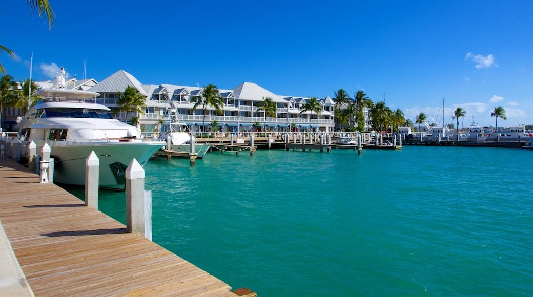 Key West das einen allgemeine Küstenansicht, Marina und Küstenort