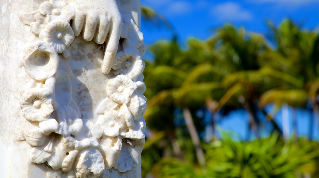 Key West Cemetery featuring a cemetery and outdoor art