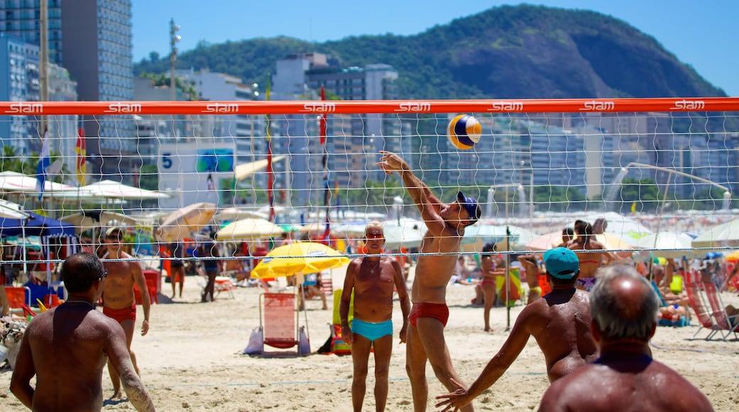Copacabana Beach showing a beach