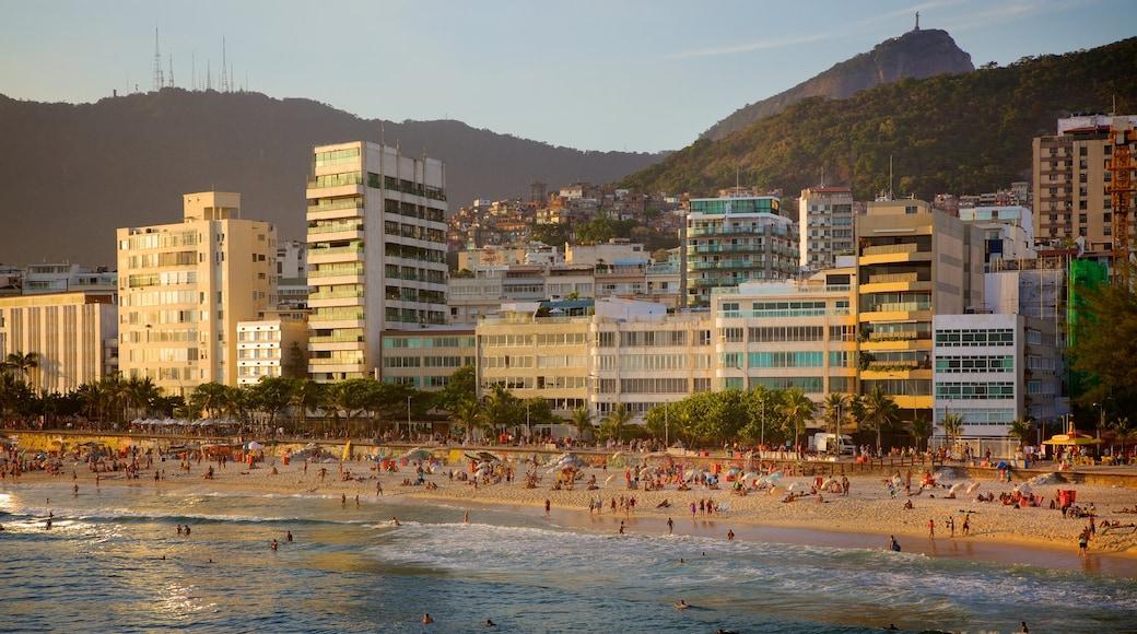 Rio de Janeiro featuring a coastal town and a sandy beach