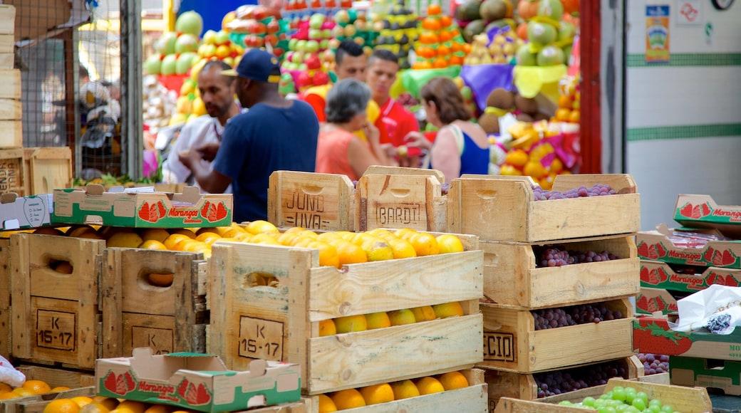 Mercado Municipal que inclui comida e mercados
