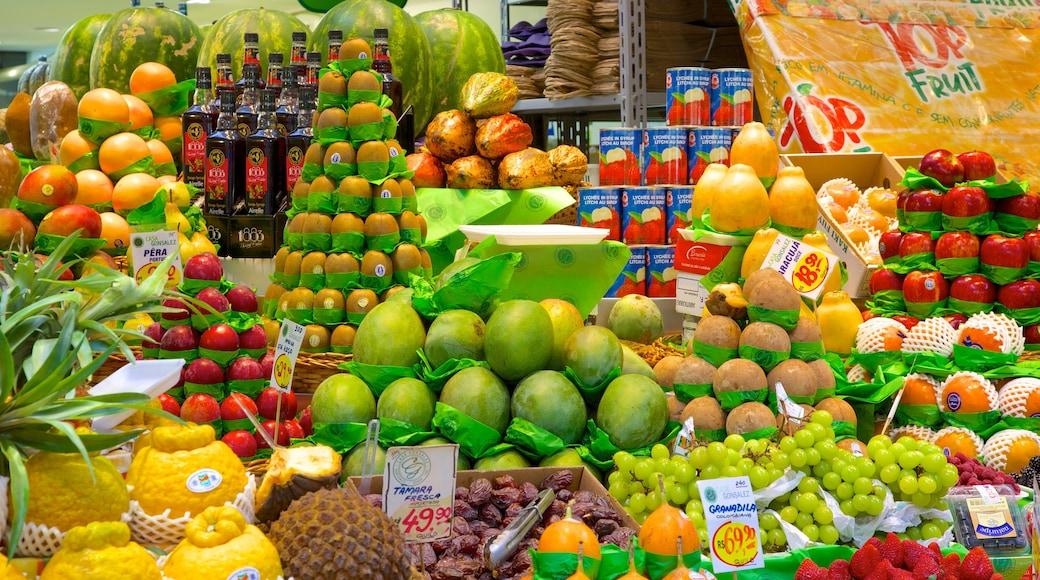 Mercado Municipal mostrando comida