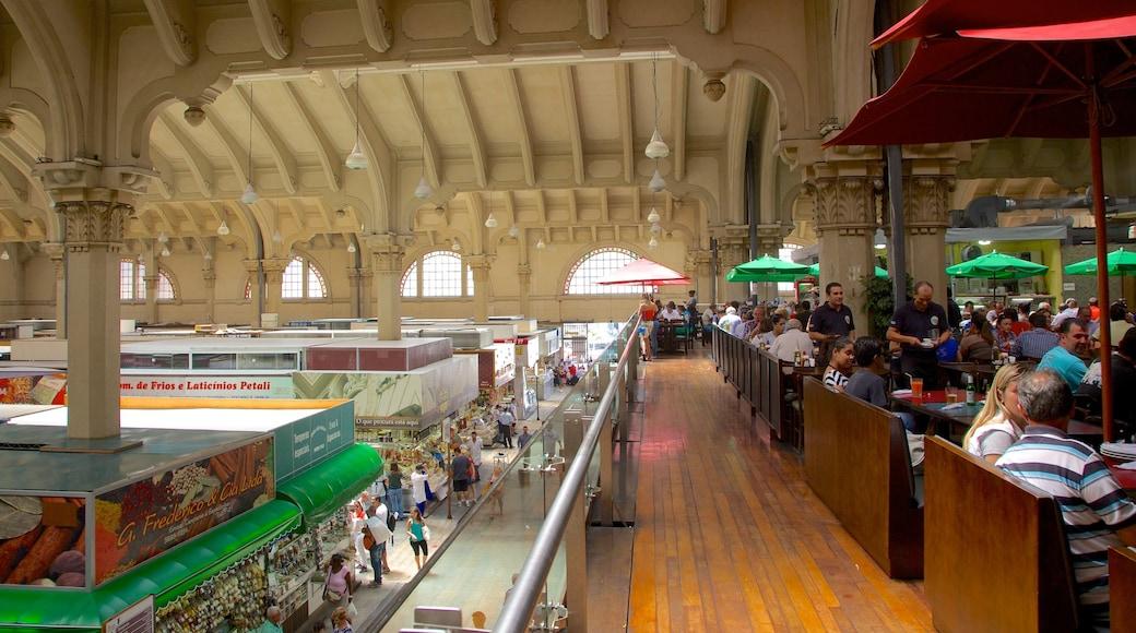 Mercado Municipal que inclui mercados, estilo de vida de cafeteria e vistas internas