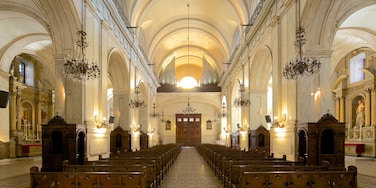 Montevideo Cathedral which includes religious elements, heritage architecture and interior views
