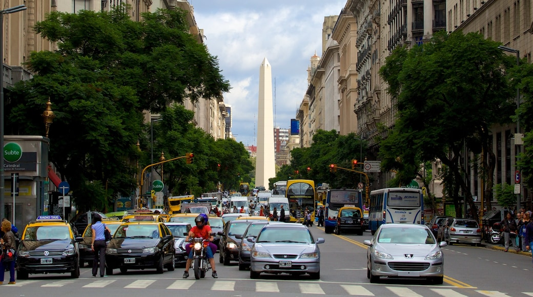 Buenos Aires featuring street scenes and a city