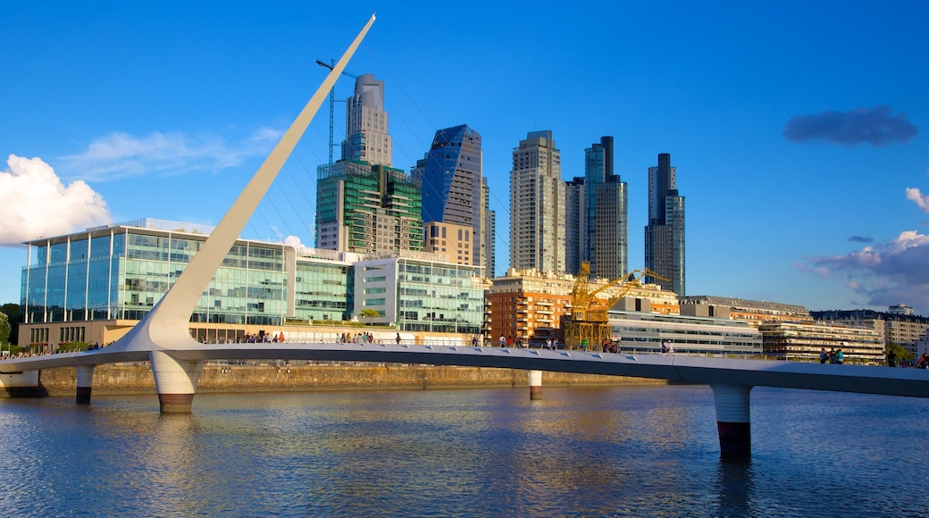 Puerto Madero showing a bridge, a city and central business district