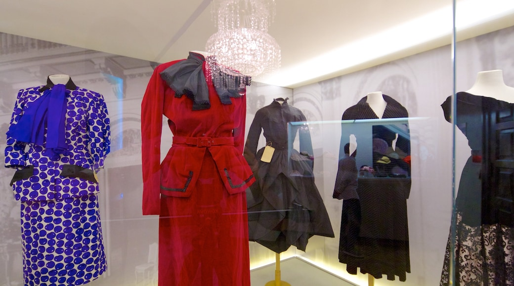 Buenos Aires showing fashion and interior views