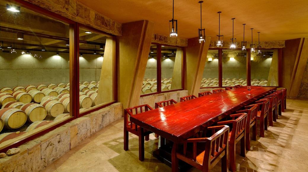 Exploitation viticole Catena Zapata mettant en vedette vues intérieures