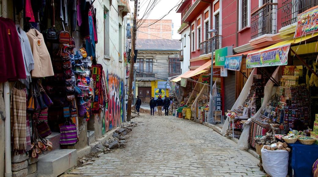 Hexenmarkt welches beinhaltet Straßenszenen und Märkte