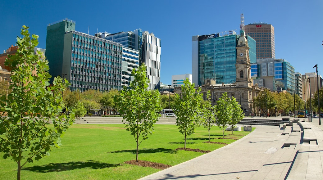 Victoria Square showing a garden, a city and modern architecture