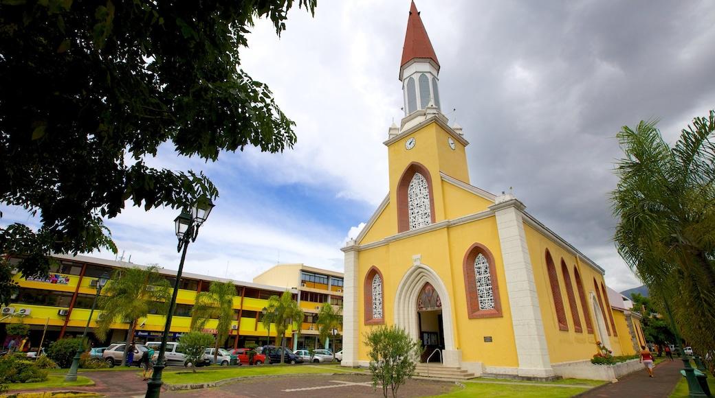 Cathédrale de L\'lmmaculée Conception das einen Kirche oder Kathedrale und religiöse Aspekte