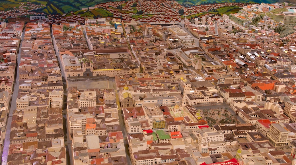 Mitad del Mundo Monument caracterizando uma cidade