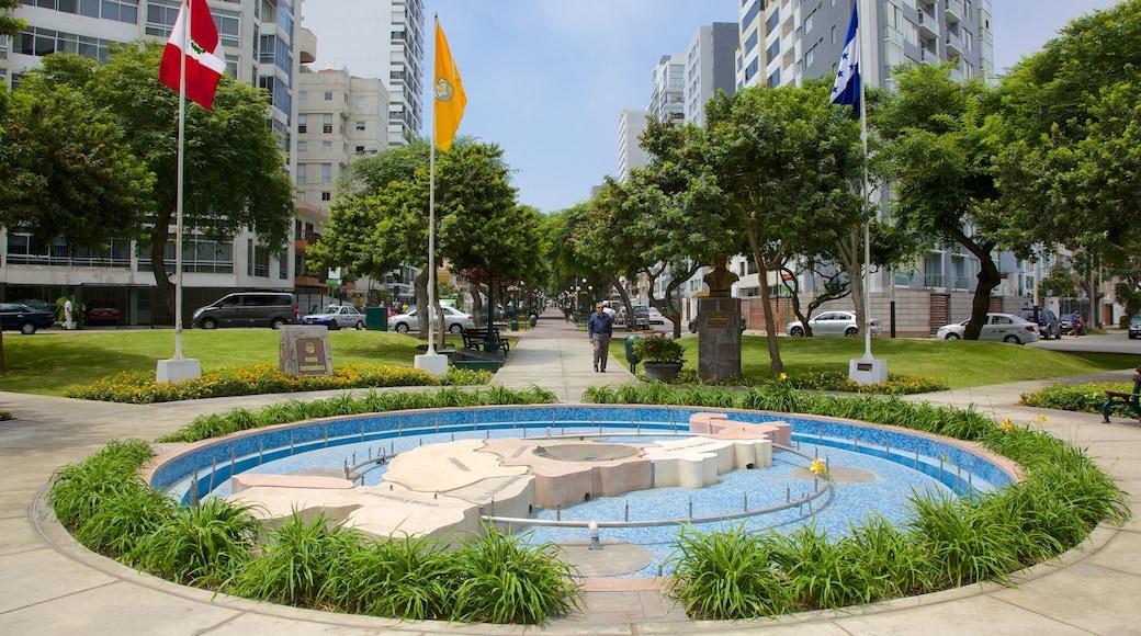 Lima mostrando un parque, una ciudad y una fuente