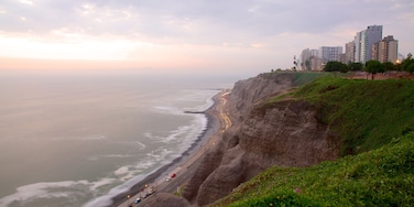 Miraflores which includes landscape views, general coastal views and a sunset