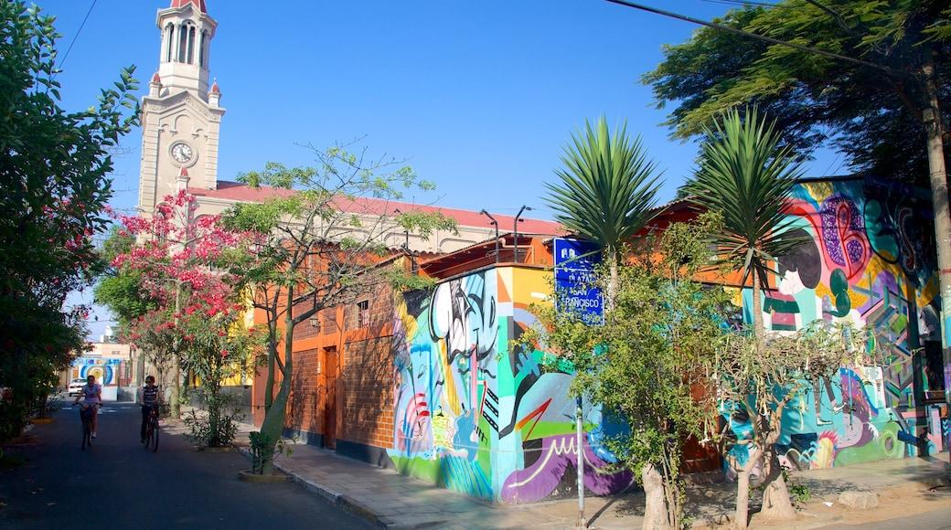 Barranco mostrando cenas de rua