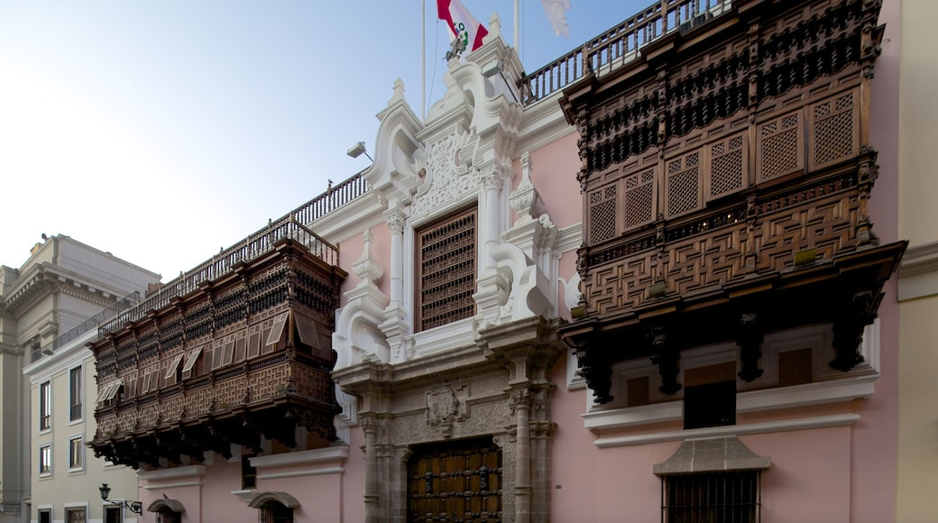 Lima mostrando patrimonio de arquitectura y escenas urbanas