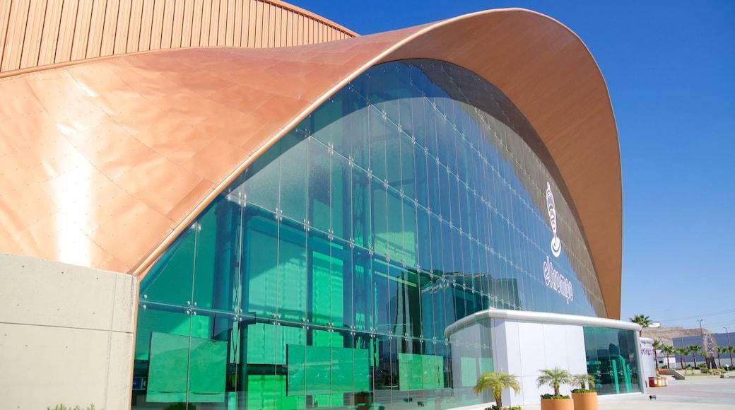 Museo interactivo El Trompo Tijuana ofreciendo arquitectura moderna y una ciudad