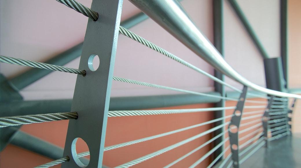 Museo interactivo El Trompo Tijuana que incluye vistas interiores