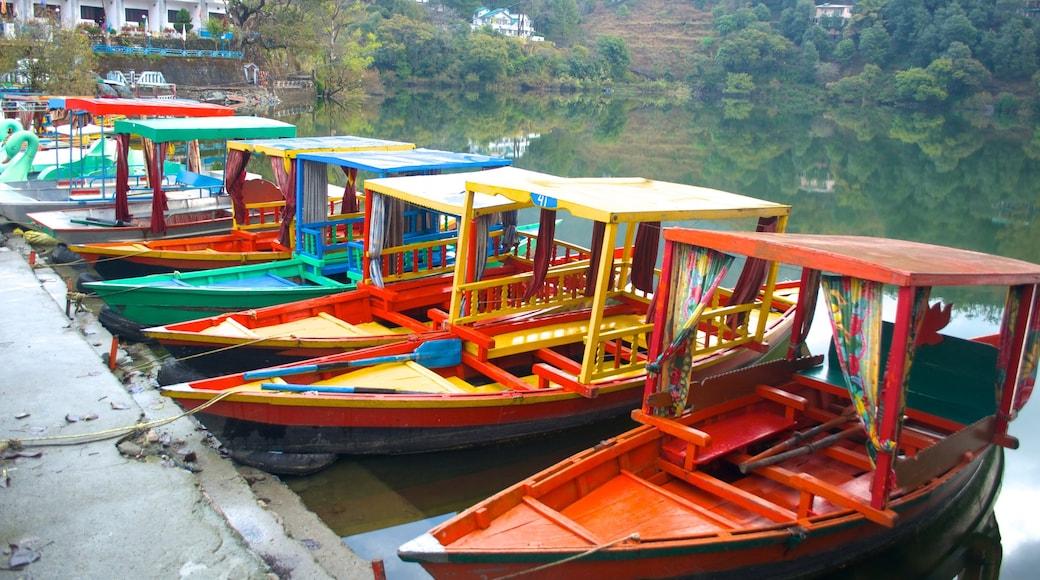 Naukuchiyatal which includes boating and a marina