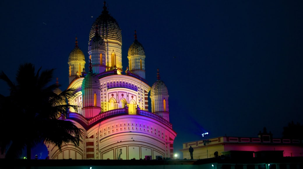 Dakshineswar Kali Temple showing religious aspects, a temple or place of worship and night scenes