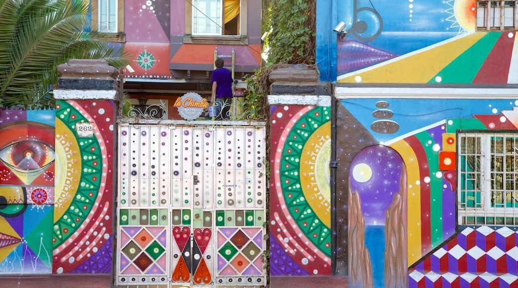 Bellavista featuring street scenes and outdoor art