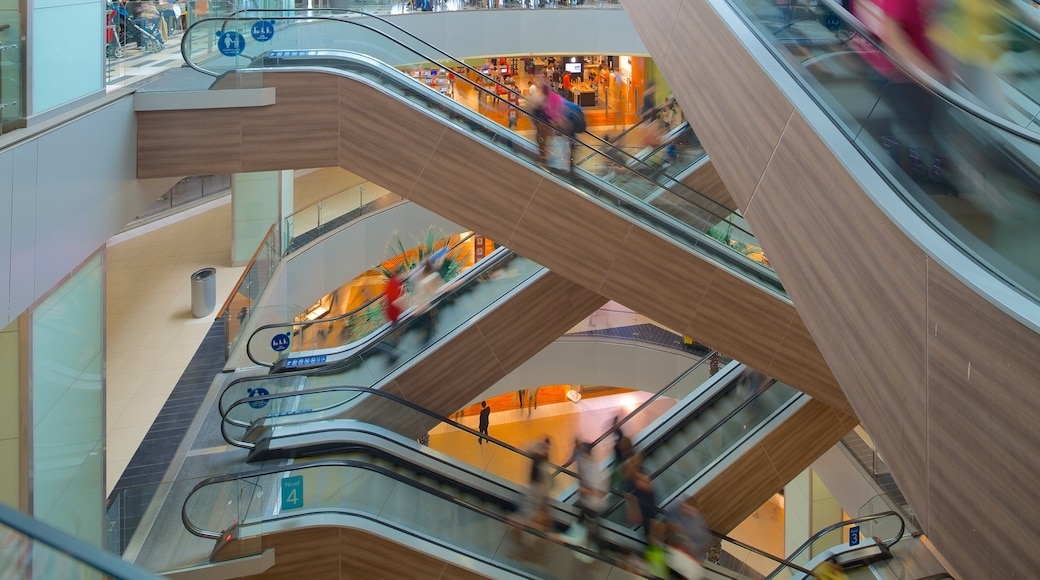 Costanera Center featuring interior views and shopping